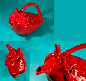 Anatomic_Heart_Teapot_ProPic_by_ThisUsernameFails