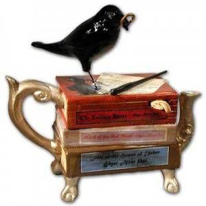 raven teapot