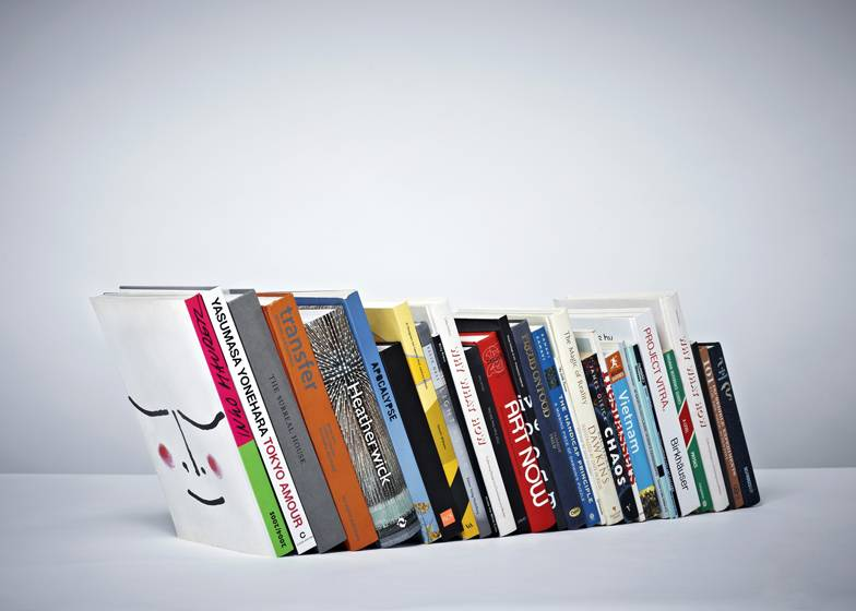 dezeen_invisible bookend by paul cocksedge_ss_1 - Invisible Bookshelves