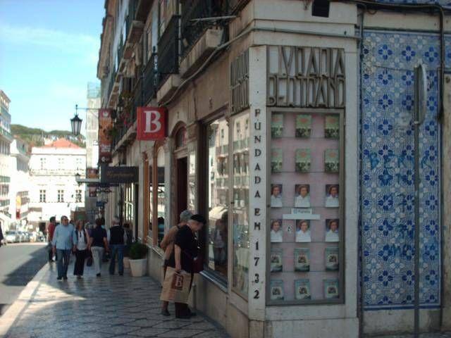 Bertrand corner