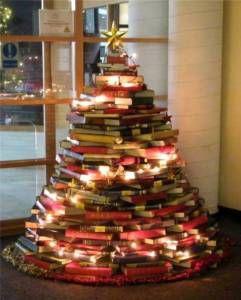 Christmas tree made of books 2