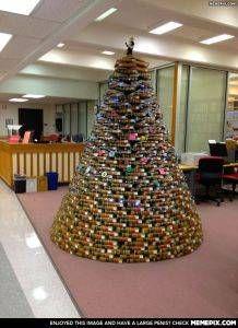 Christmas tree made of books 3