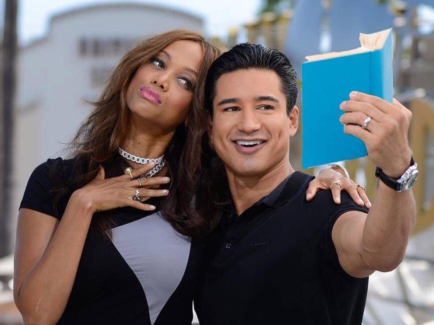 mario lopez tyra banks selfie book