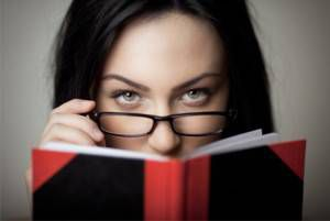 sexy-woman-reading-book