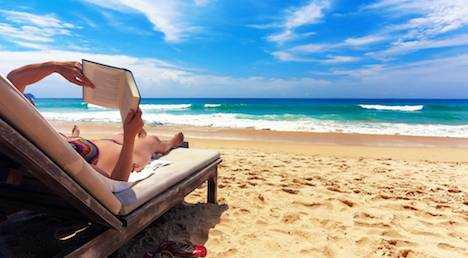 10 Great Paperbacks to Take to the Beach