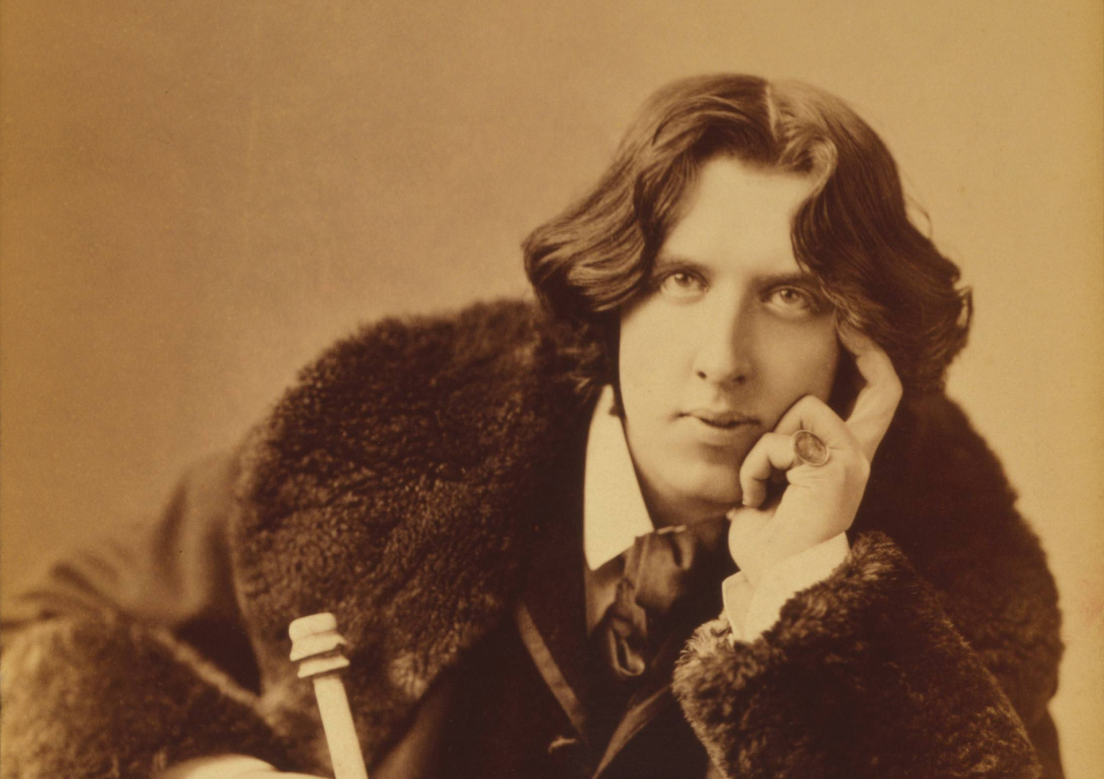 42 Oscar Wilde Quotes on Identity, Inspiration, and Art