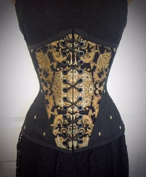 louise black game of thrones corset - QUAL LINGERIE VOCÊ USARIA EM GAME OF THRONES?