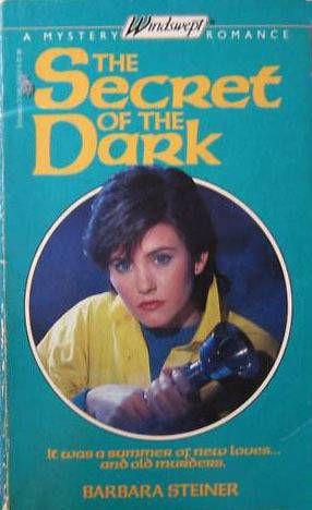 the-secret-of-the-dark-courteney-cox-cover-model