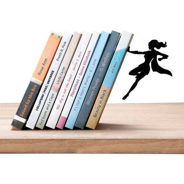 wonder-woman-bookend-etsy-by-katansdesigns