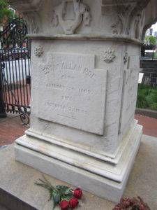 Edgar_allan_poe_monument
