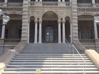 'Iolani-Palace-stairs-Honolulu-Hawai'i