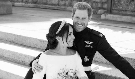 photo of prince harry and meghan markle at their wedding