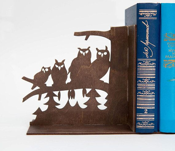 Plywood owl bookends