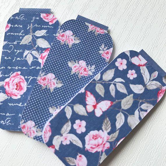 Rose magnetic bookmark set