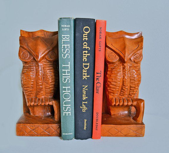 Wooden vintage owl bookends
