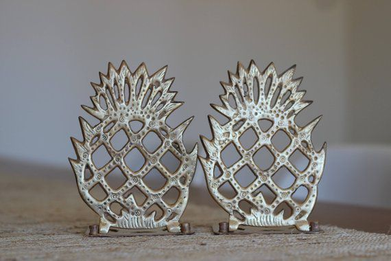 folding pineapple bookends