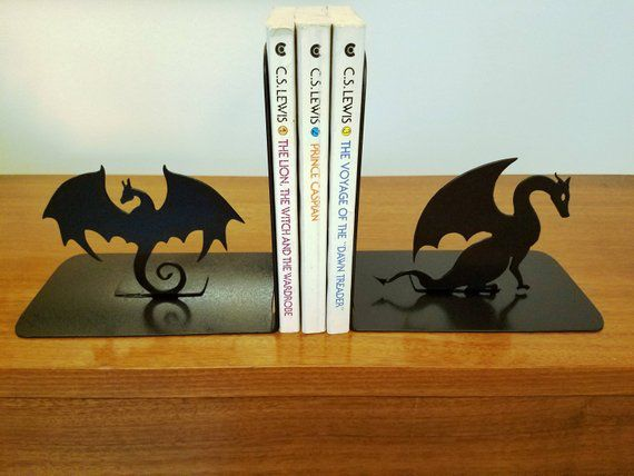 Metal dragon bookends