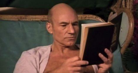 patrick stewart reading tng