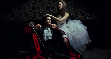 20+ Best Vampire Love Stories According to You Vampire Love Wallpaper
