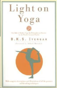 5 Yoga Books For Yogic Thinking