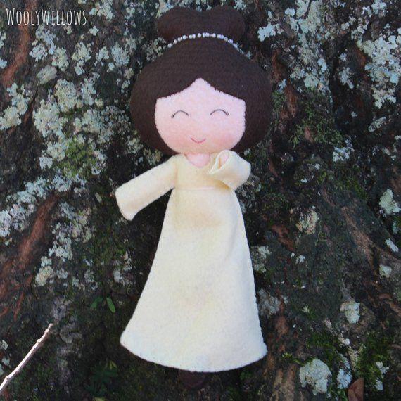 picture-of-elizabeth-bennet-doll