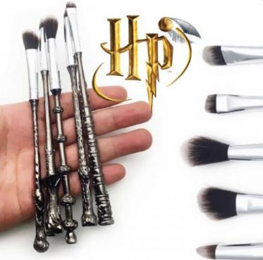 Harry Potter Makeup Brushes, Unique Harry Potter Gifts, Book Riot