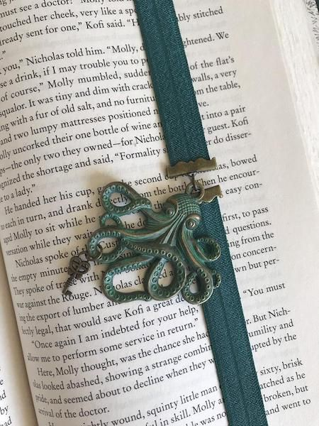 elastic book band with octopus