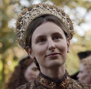 laura carmichael as maggie pole on the spanish princess