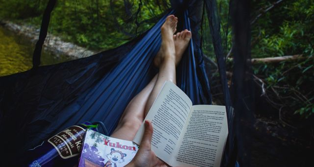 summer reading in a hammock feature 640x340