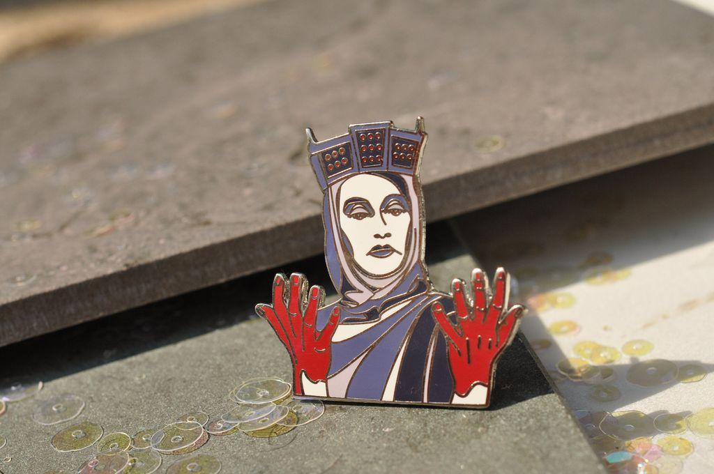 lady macbeth pin