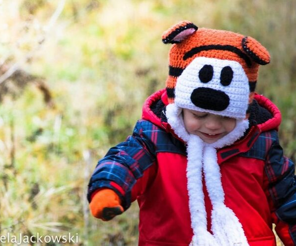 Hobbes Hat from Bookish Etsy Costumes | bookriot.com