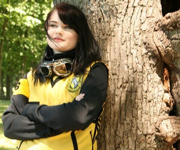 Hufflepuff Quidditch Robes from Bookish Etsy Costumes | bookriot.com