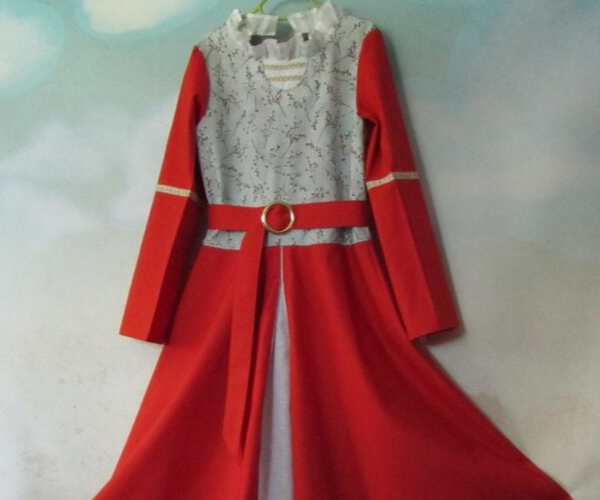 Lucy Pevensie Narnia Dress from Bookish Etsy Costumes | bookriot.com