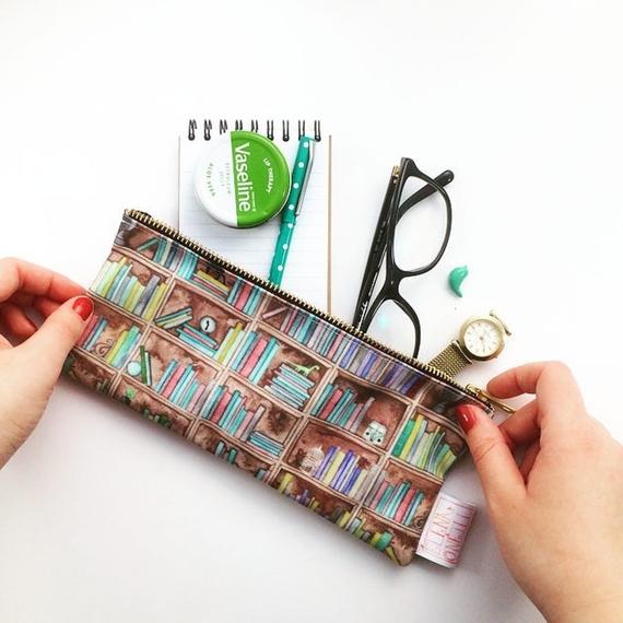 Bookshelf print pencil case