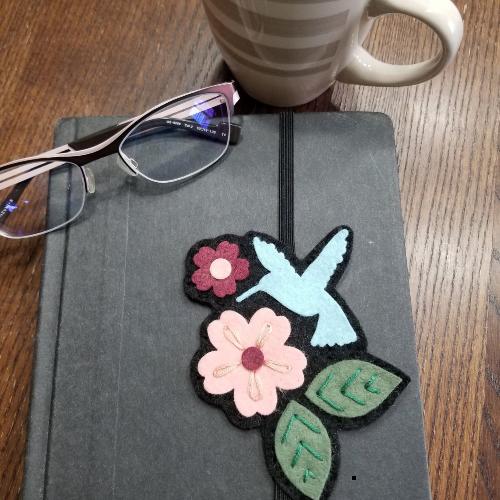 Elastic hummingbird bookmark by HeartFeltCraftingPA from etsy