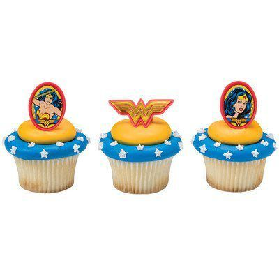 Wonder Woman cupcake rings