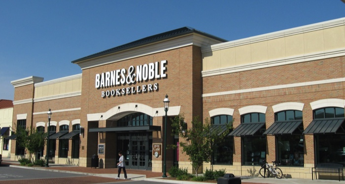 Barnes & Noble Closes 400+ Stores; Employees Question What Happens Next