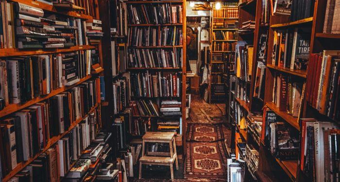bookstore books feature 700x375 1.jpg.optimal