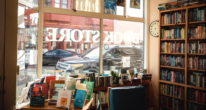 bookstore books feature 700x375 1