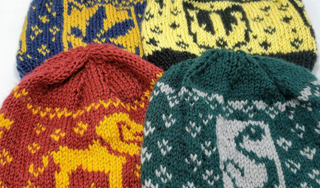 https://hollyghats.com/harry-potter-knitting-patterns/