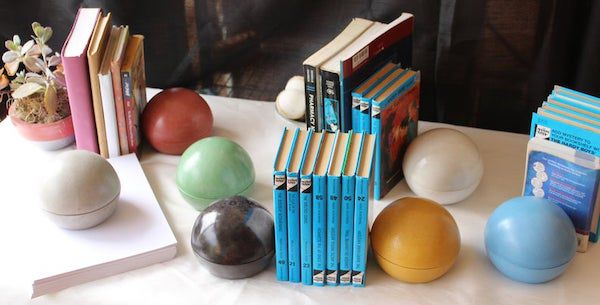 Concrete spheres. Image from Etsy shop.