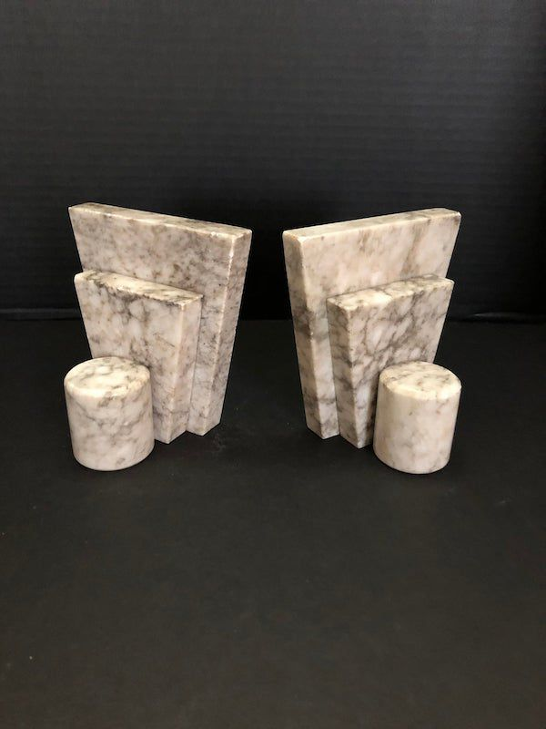 Marble geometric shapes. Image from Etsy shop.