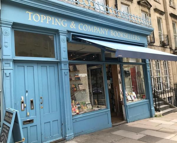 Topping and company bookshop outside. Picture taken by me (author of post).