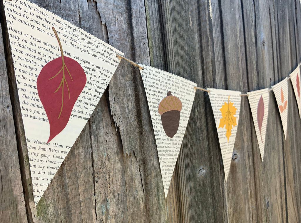 autumn leaves book page banner