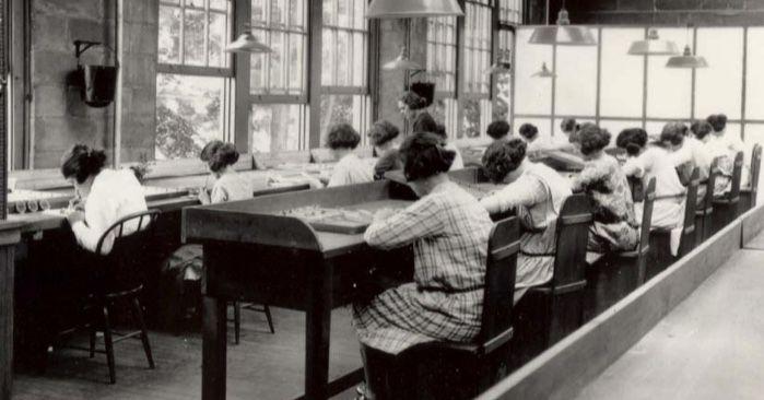radium girls in factory