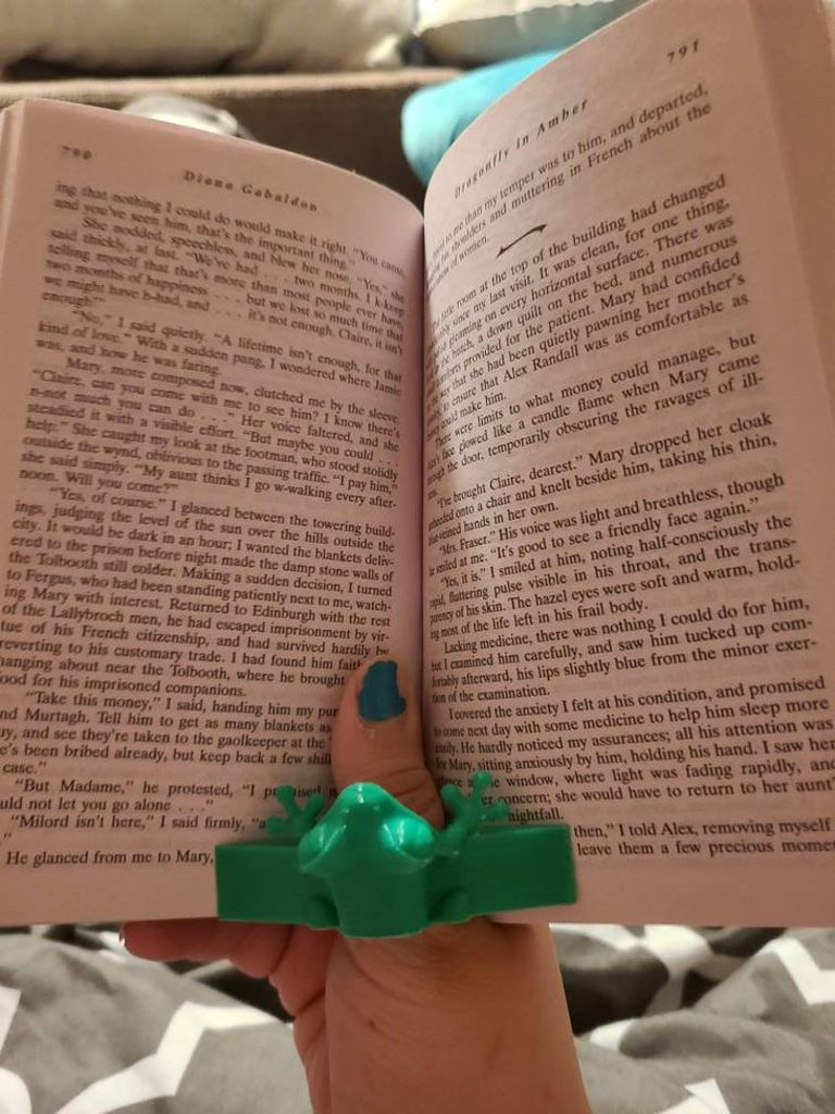 3-D Printed Frog Thumb Book Holder