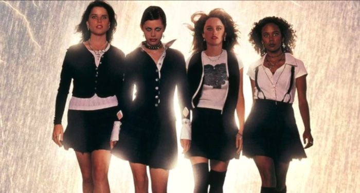 movie still from THE CRAFT (1996) https://www.imdb.com/title/tt0115963/mediaviewer/rm1231819264