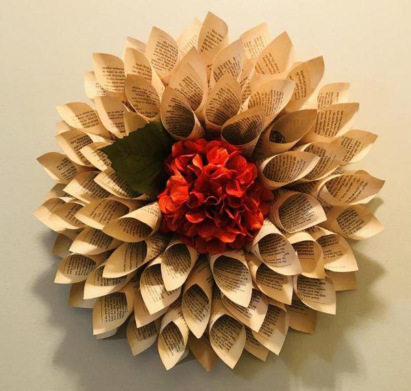 Paper dahlia with silk flower centerpiece