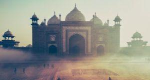 image of monument in Agra, India https://unsplash.com/photos/qaZofx5ePm8