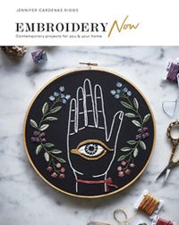Book cover image of Embroidery Now